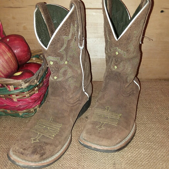 Ariat Other - Kids ARIAT boots